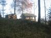 Diensthütte und Holzhütte